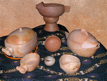 TRADITIONAL POTTERY FROM UGANDA
